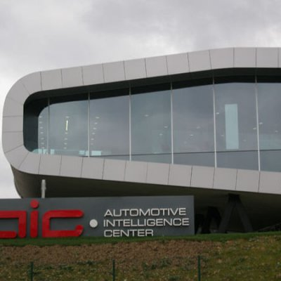 """Centro AIC Automotive"""