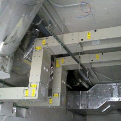 CENTRO NIEMEYER (AVILES). Aplicación del blindos: Interconexiónes entre trafos y cuadros (2000A).